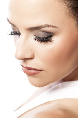 Eyelid Surgery - Blepharoplasty - Form & Face Sydney