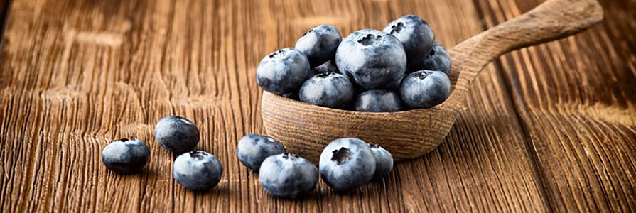 7 raw  foods your face wants you to eat now - Form & Face